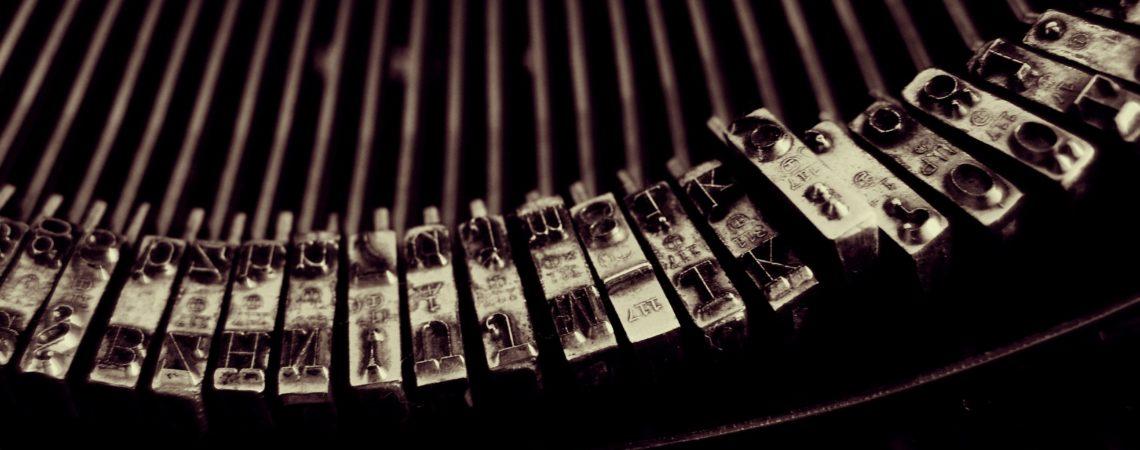 typewriter-1245894